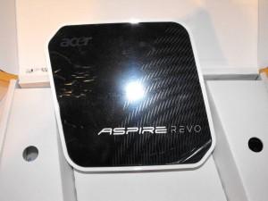 acer-aspire-revo-unboxing-2