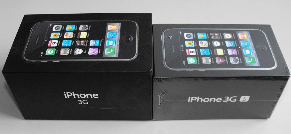 IPhone 3G Vs IPhone 3GS Box 3