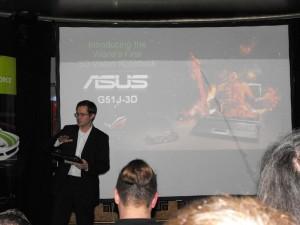 ASUS G51J-3D - 1