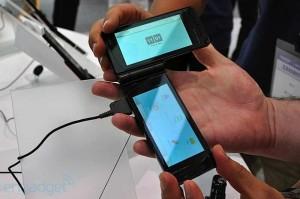 fujitsu-dual-screen-ceatec-dsc0009-rm-eng