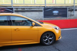 Ford Focus ST - 6