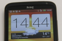 HTC One X Plus - 2