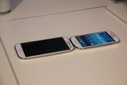 Samsung Galaxy S III mini - 17