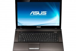 ASUS 17-Zoll 2