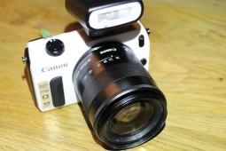 Canon EOS M - 1