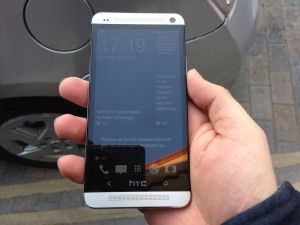 HTC One Hands On - 6