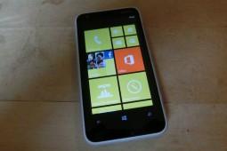 Nokia Lumia 620 - 1