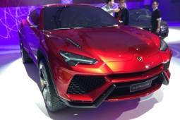 Lamborghini Urus - 1