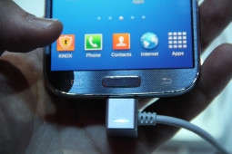 Samsung Galaxy S4 - 5