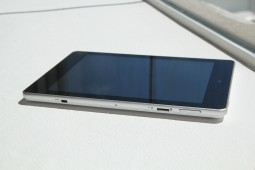 Acer Iconia A1 Hands On - 4