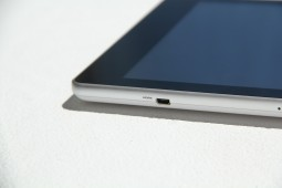 Acer Iconia A1 Hands On - 5
