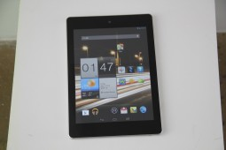 Acer Iconia A1 Hands On - 7
