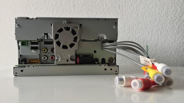 Pioneer SPH-DA120 - 2
