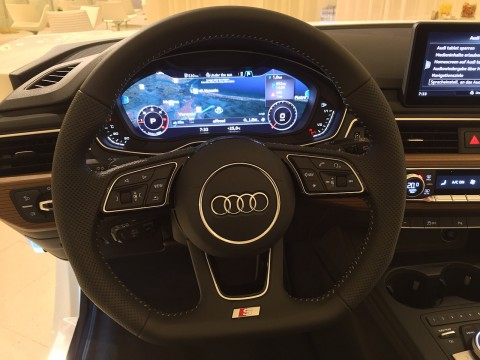 Audi A4 Audi virtual cockpit