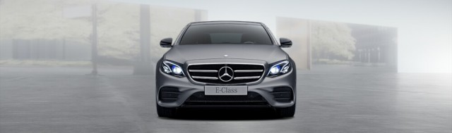 Mercedes-Benz E400 Limousine - 1