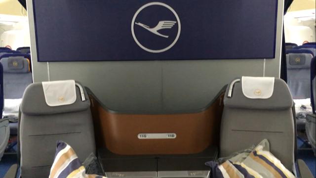 Lufthansa Business Class Flug - 1