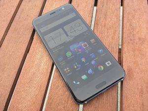 HTC U11 - 12