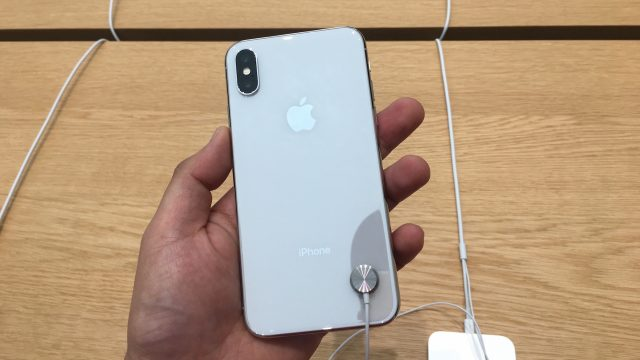 Apple iPhone X - 5