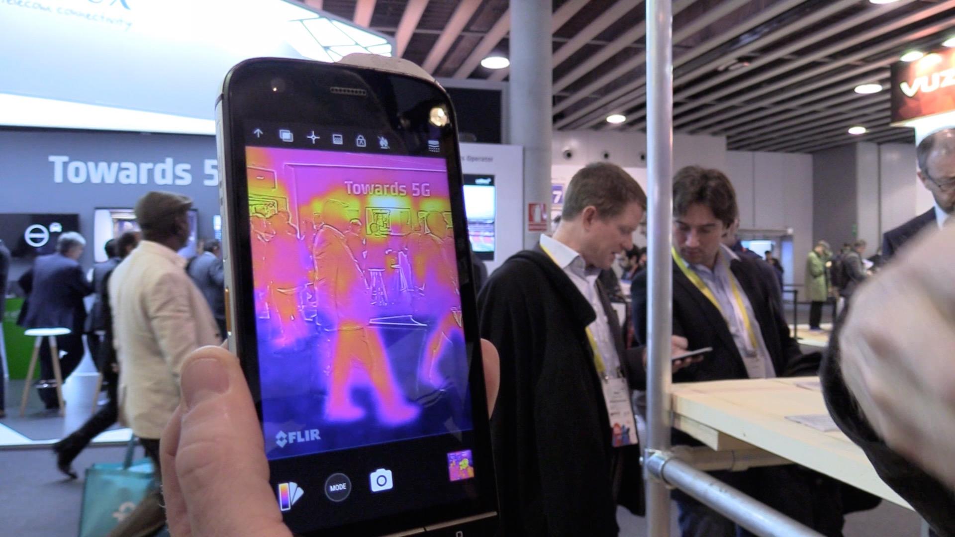 Wärmebildkamera Mit Entfernungsmesser : Cat s smartphone mit wärmebildkamera und weiteren gadgets