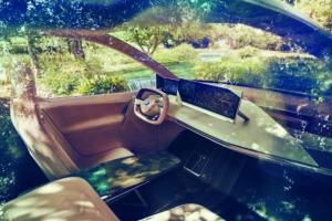 BMW iNext - 5