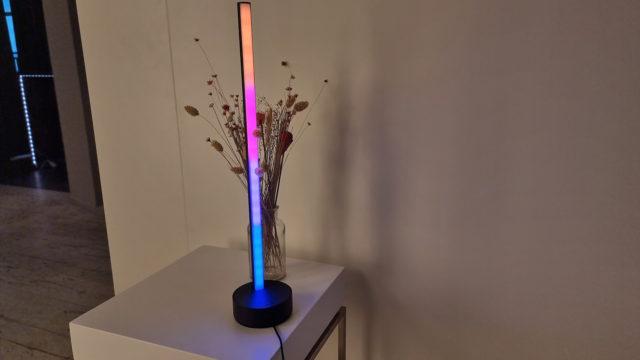 Philips Hue Gradient Signe Tischlampe